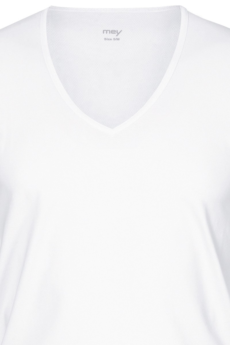 das Drunterhemd Business V-Shirt 2 x MEY Dry Cotton Functional 46098 Slim Fit